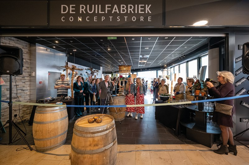 De Ruilfabriek is open